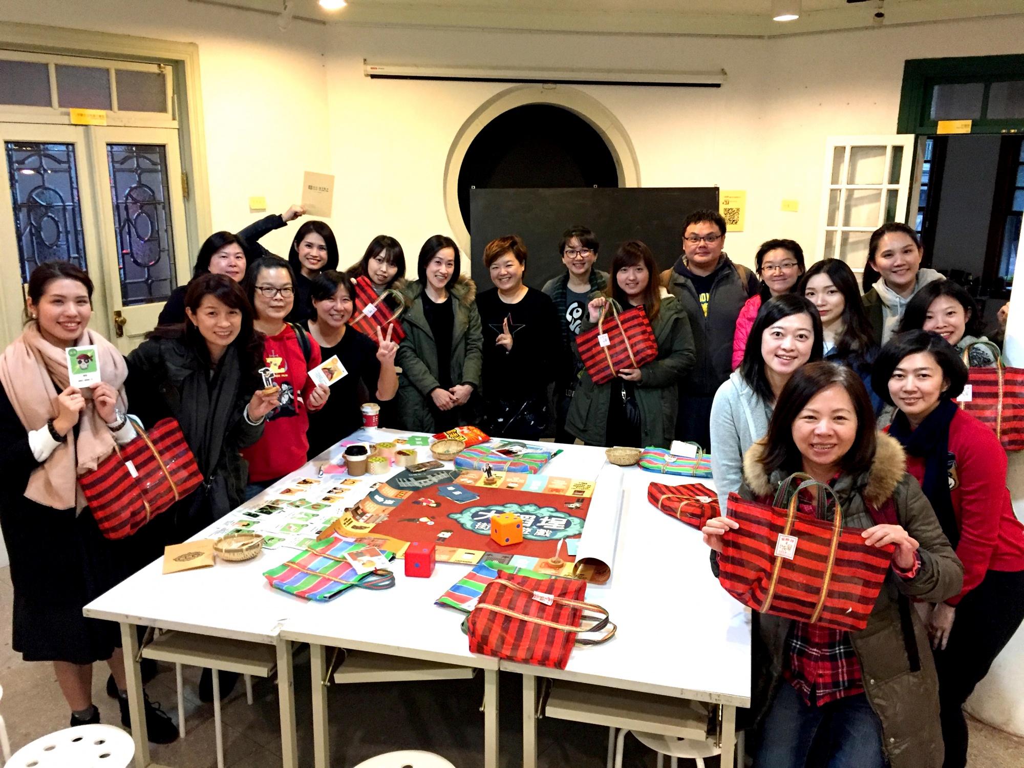 香港商藍鐘-3.JPG